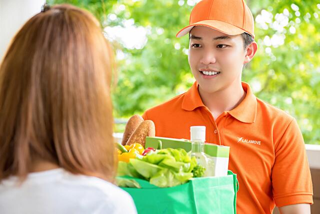 Food_delivery-1