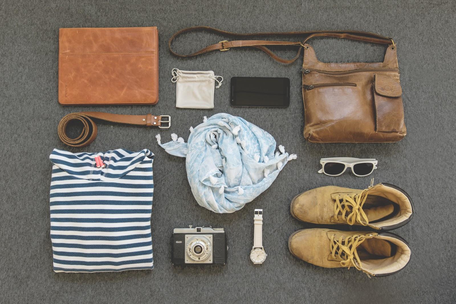 LalamoveBlog_May_04_Clothes.jpeg
