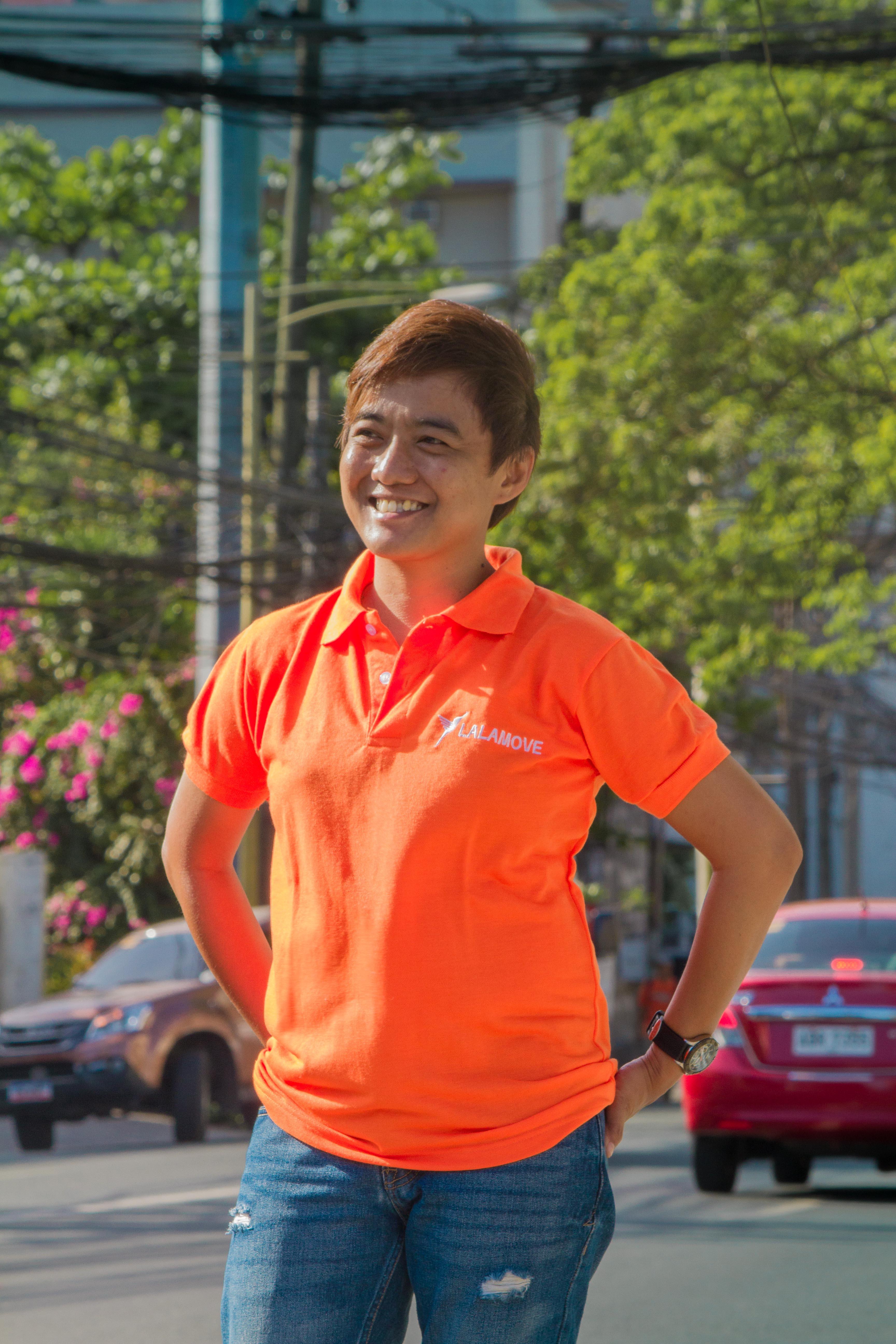 Lalamove Female Partner-Driver.jpg