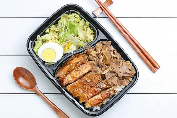 chicken-rice-bento_1387-695