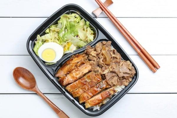 chicken-rice-bento_1387-695