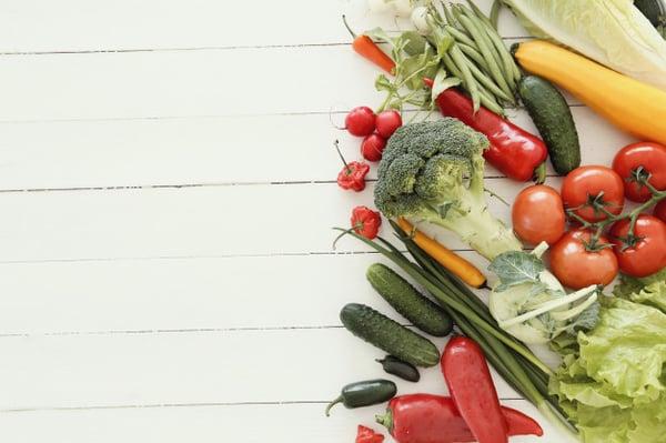 fresh-vegetables-wooden-table_144627-33923