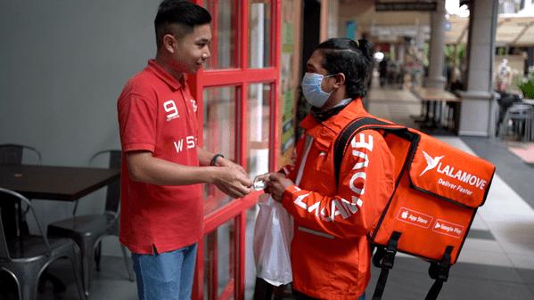 Lalamove food delivery at warung soho