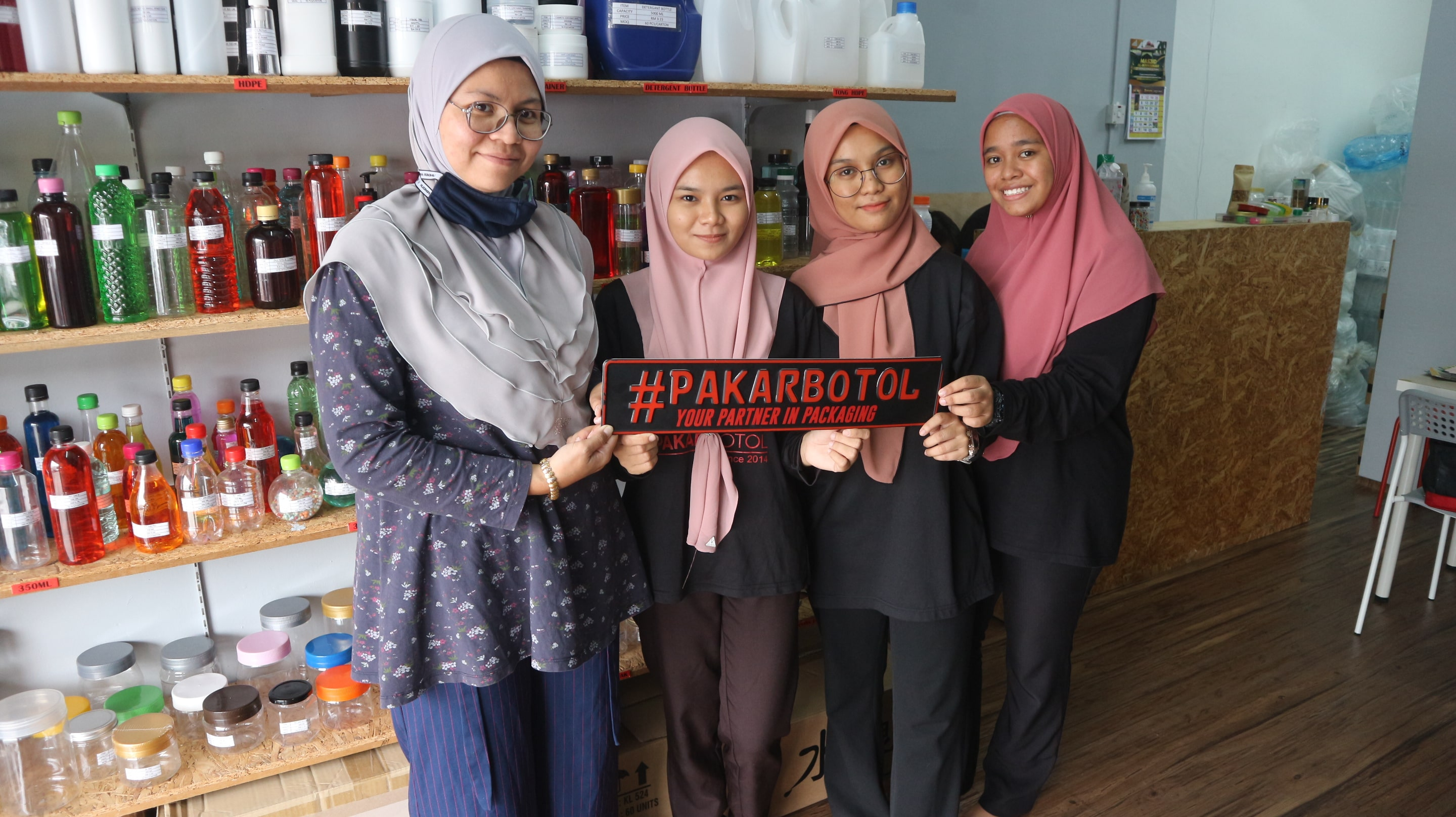 Pakar Botol, a packaging company at your service-min