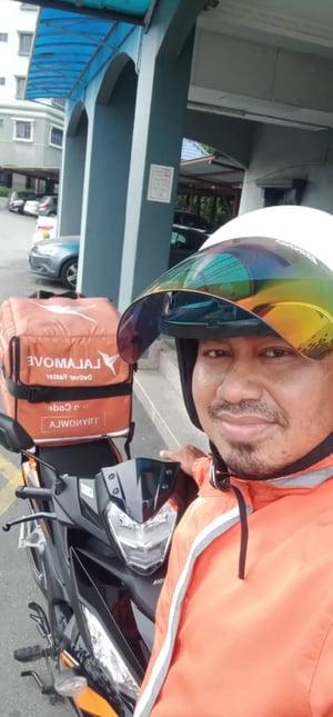 Rakan Penghantar Ahmad Suhimi