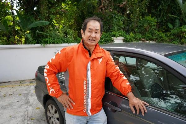 Rakan Penghantar Kereta Lalamove Tan