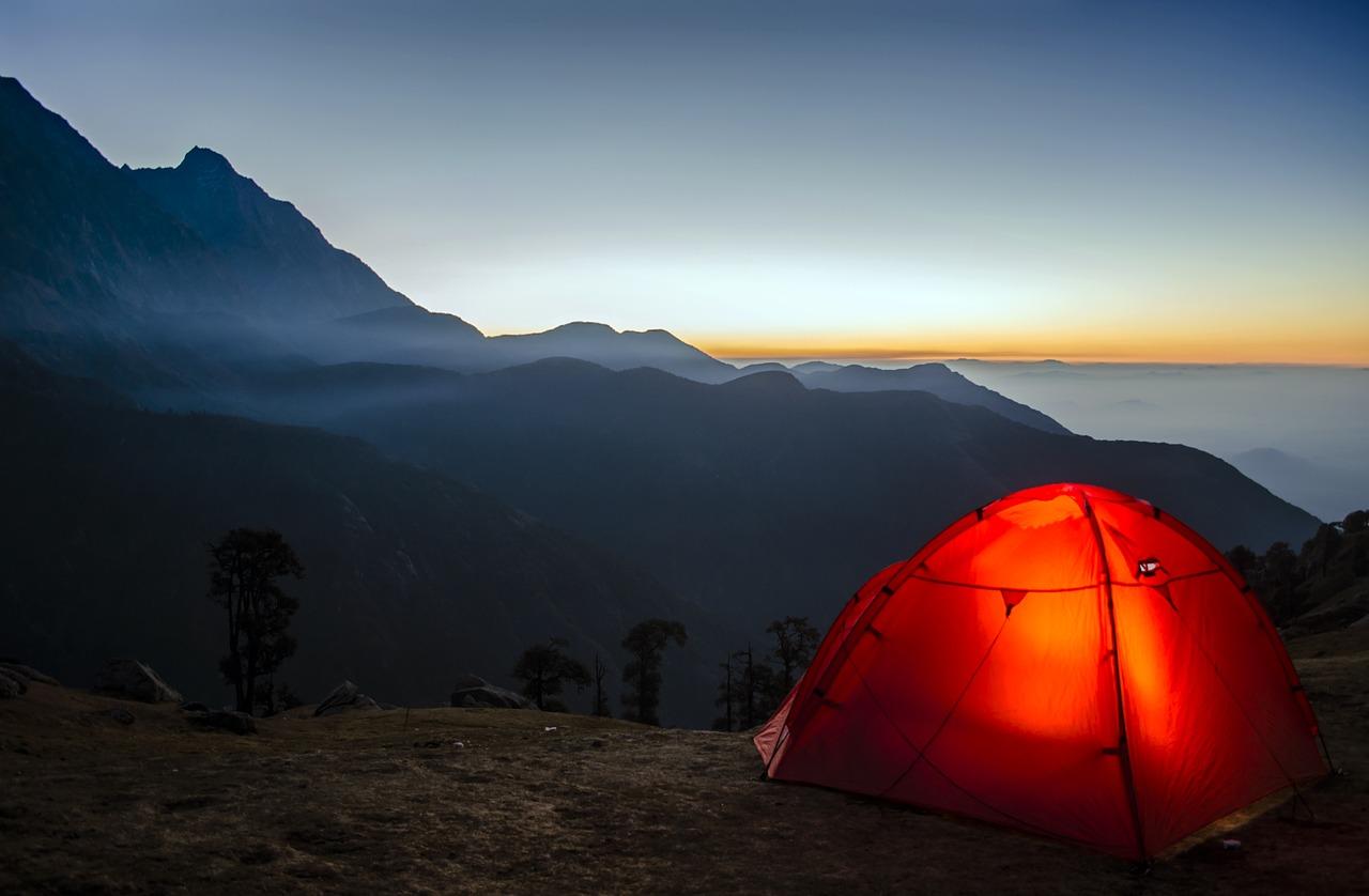 camping-2581242_1280