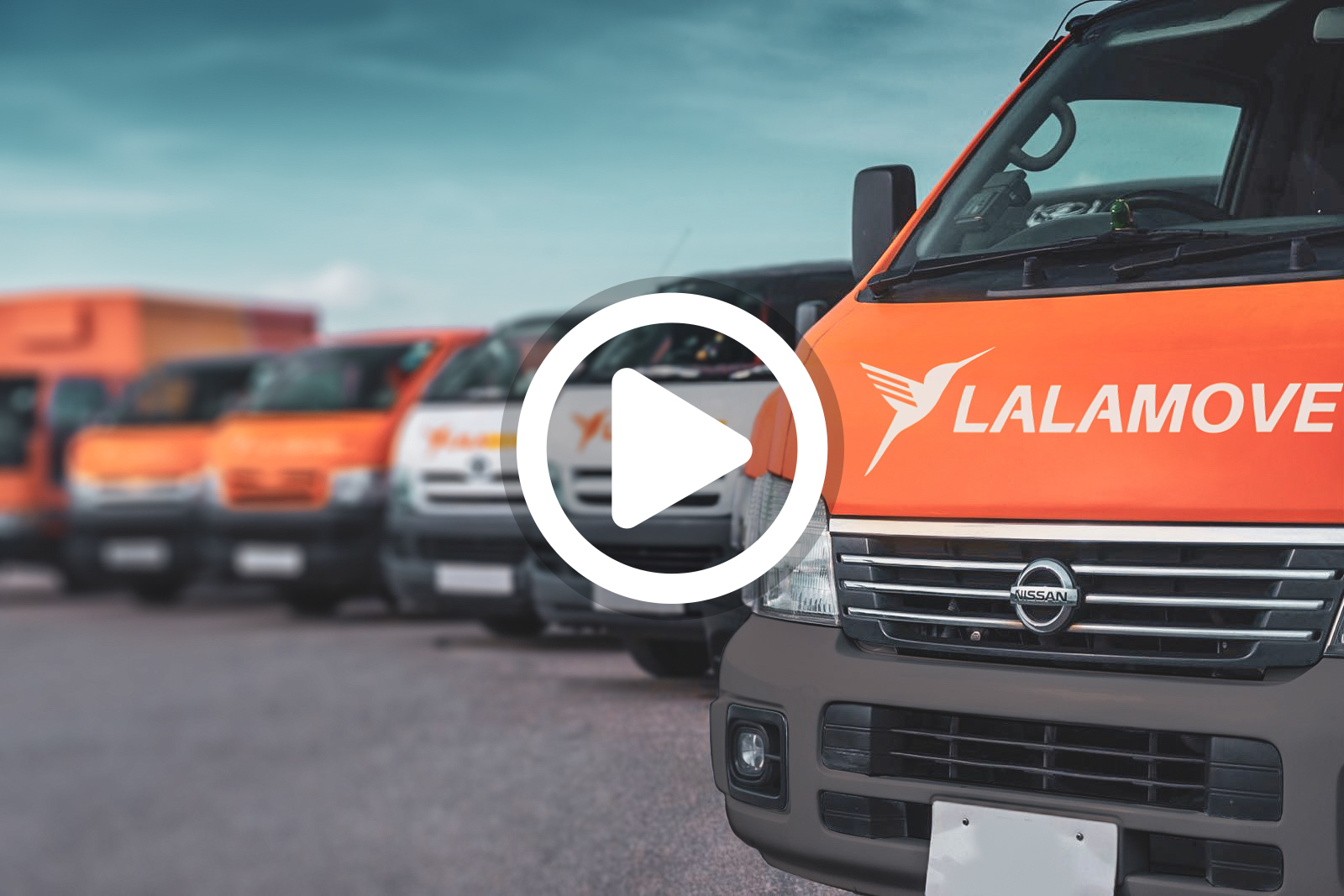 Lalamove vans