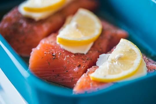 preparing-baked-salmon-picjumbo-com