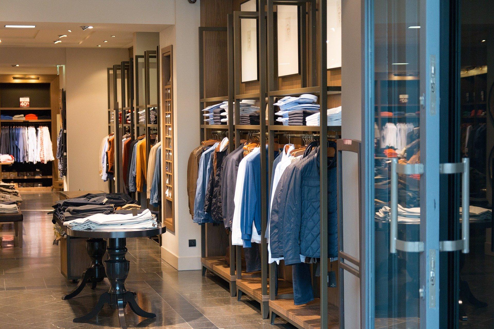 shop-906722_1920.jpg