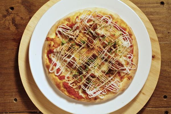 精準的火侯控制,酥脆彈牙的秘密披薩