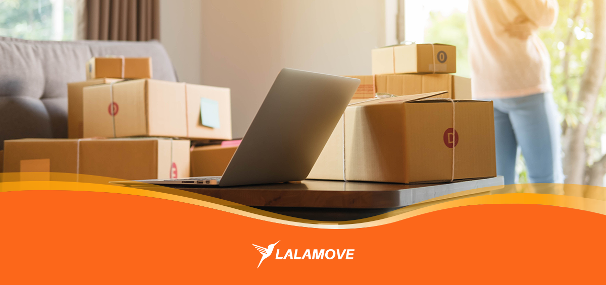 lalamove-boxes-laptop